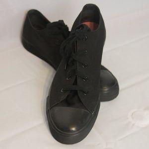 Airwalk Women's Tennis Shoes  Solid Black Sz 12